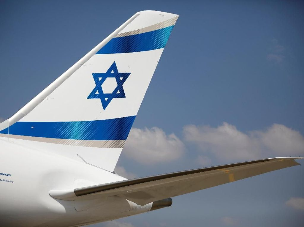 Terbang ke UEA, Pesawat Maskapai Israel Akan Lewati Arab Saudi