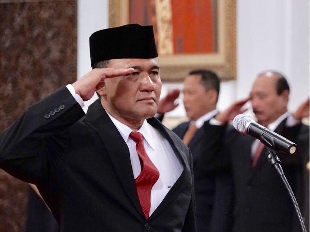 Fredrich Yunadi Adukan Irjen Heru Winarko ke Propam