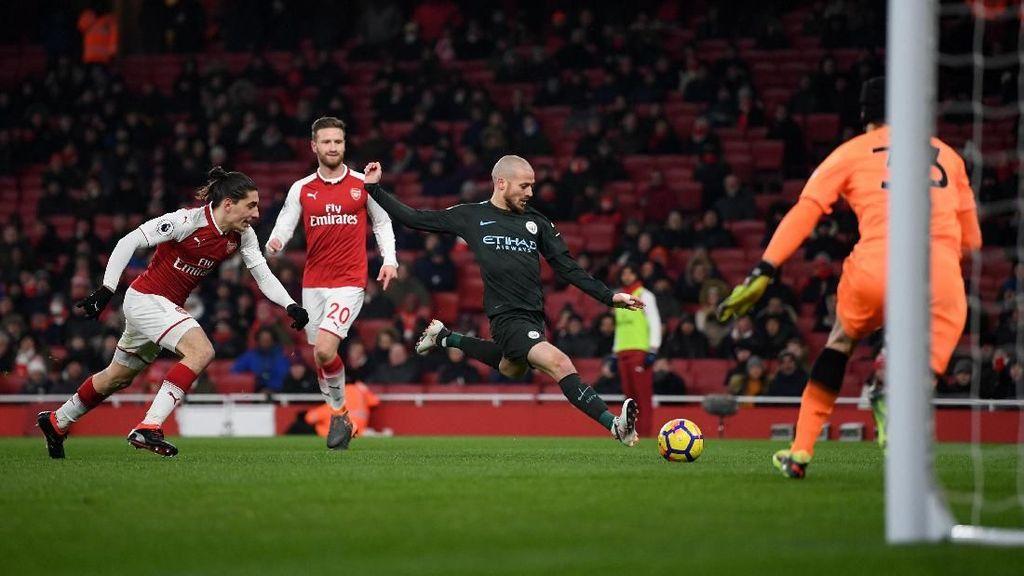 Potret Kursi Kosong di Emirates Warnai Kekalahan Arsenal
