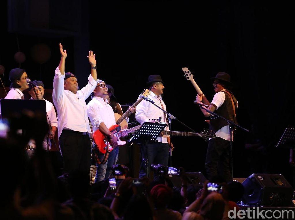 Merayakan Ke-Indonesiaan bersama Elek Yo Band with Endah N Rhesa di BNI Java Jazz 2018
