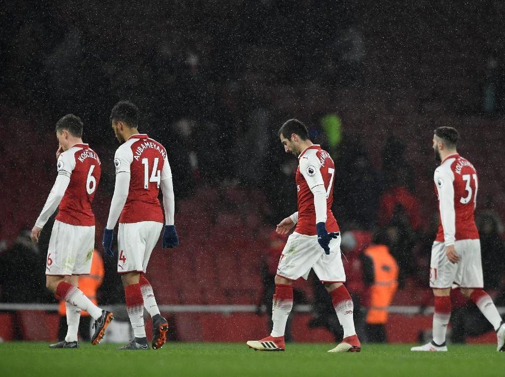 Arsenal Kalah, Aubameyang-Mkhitaryan Dibela