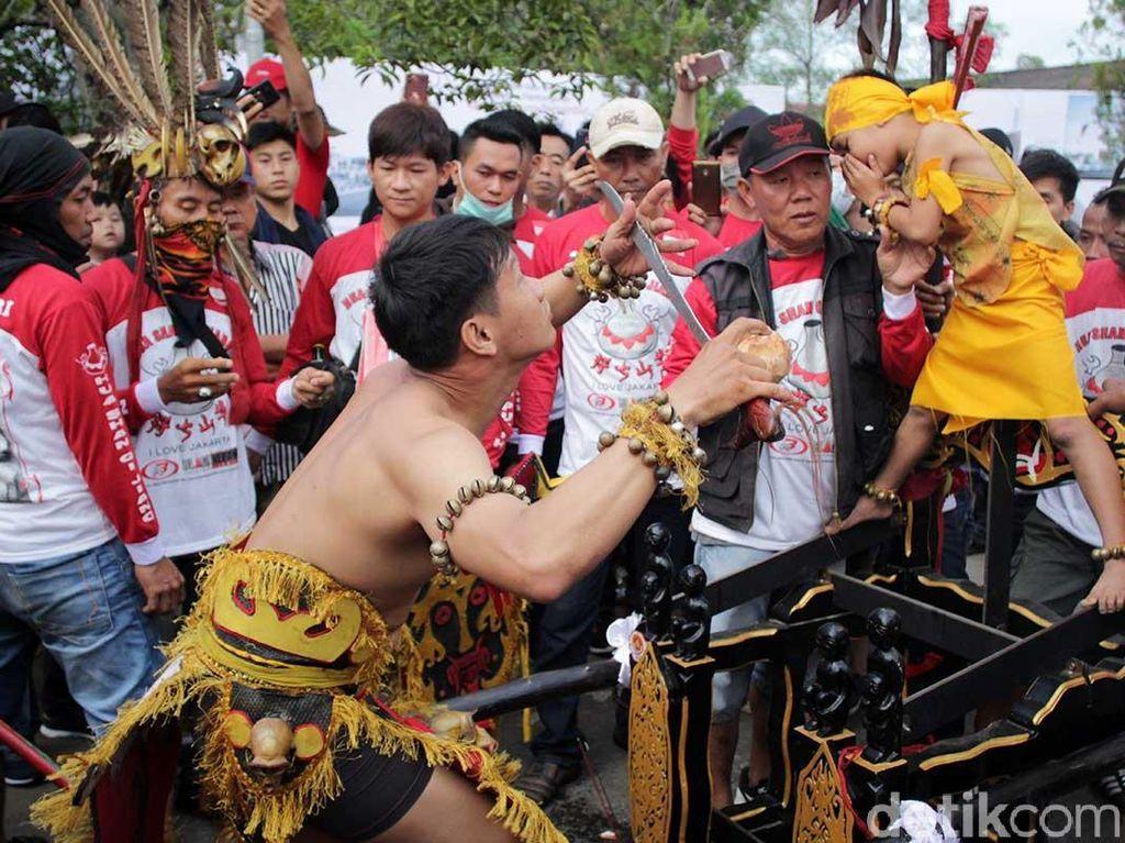 Masuk Rekor Muri! 1.129 Tatung Ramaikan Cap Go Meh di Singkawang