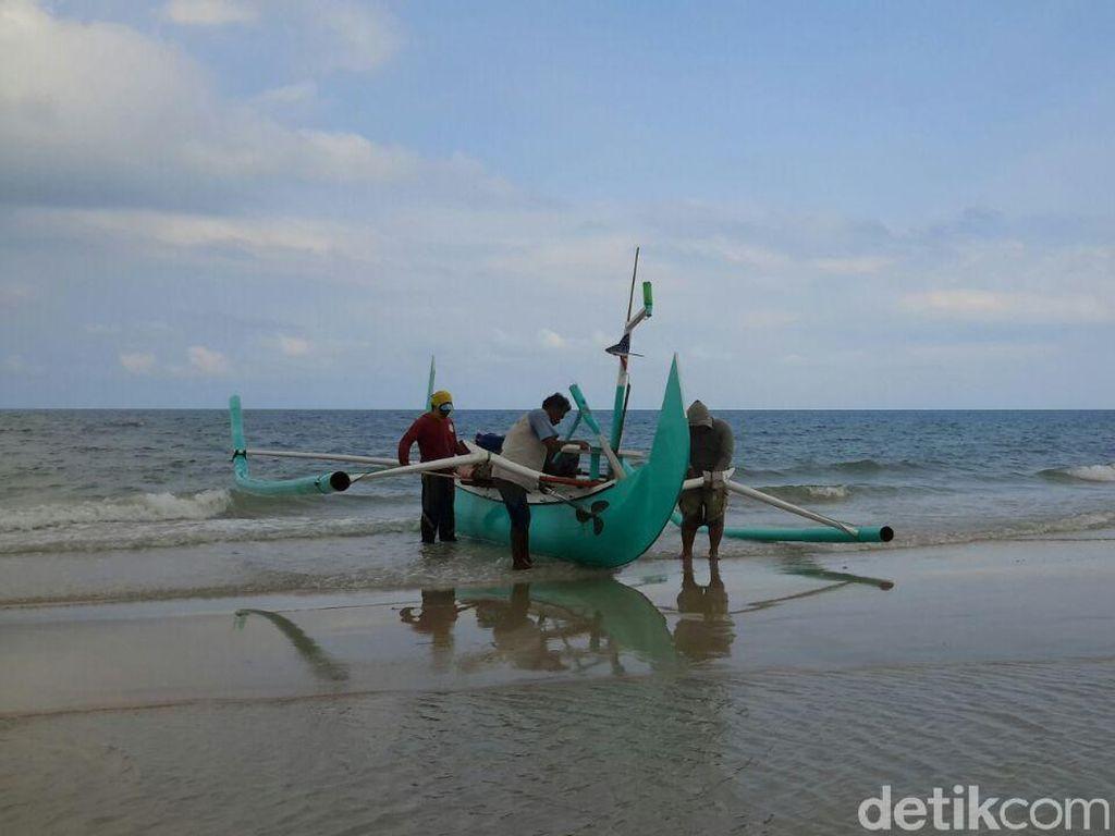 Pendapatan Nelayan Turun Saat Cuaca Buruk, Begini Solusinya
