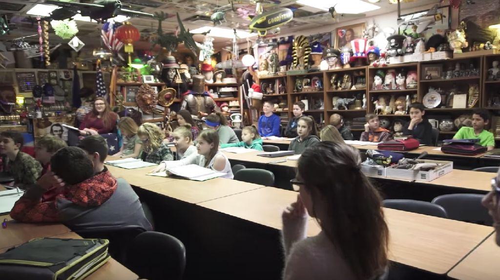 Foto: Mirip Museum, Ruang Kelas SMP di AS Dipenuhi 50.000 Artefak