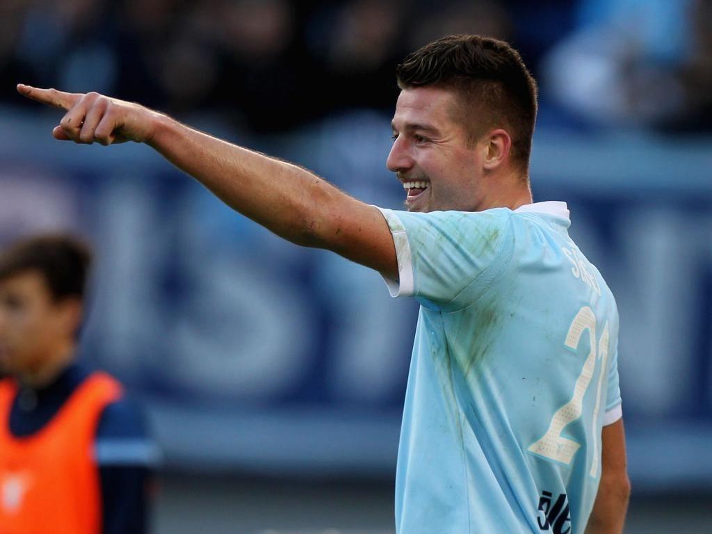 Dihubungkan dengan Juventus, Milinkovic-Savic Hanya Bisa Senyum