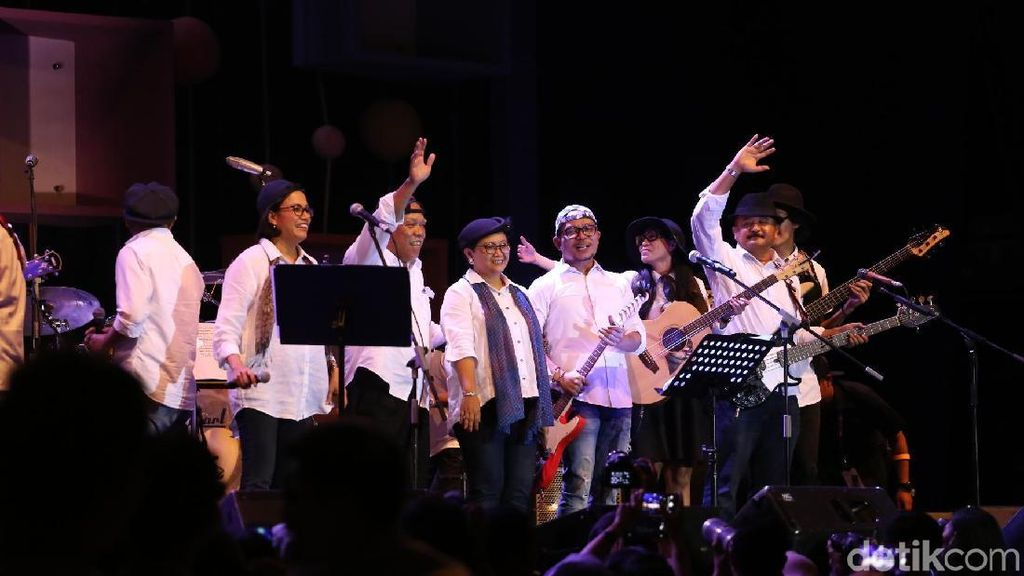 Band Menteri Jokowi Sumbangkan Imbalan Festival Jazz