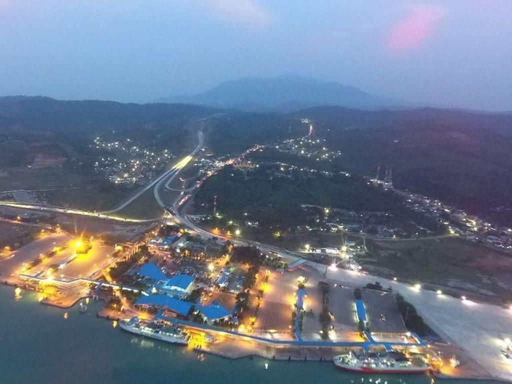 Indahnya Tol Trans Sumatera dari Pelabuhan Bakauheni