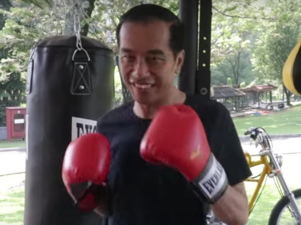 Jokowi Latihan Tinju, Ini Para Juara Dunia dari Indonesia