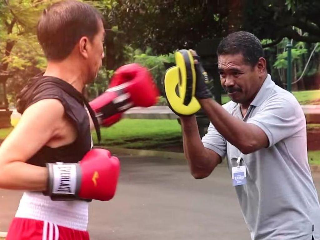 Kesan Pak Abed Latih Presiden Jokowi Tinju: Bapak Cukup Cepat