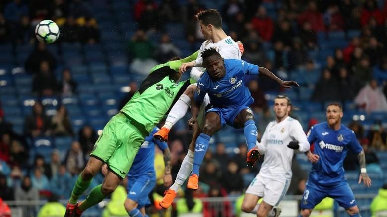 Ronaldo Dua Gol, Madrid Kalahkan Getafe