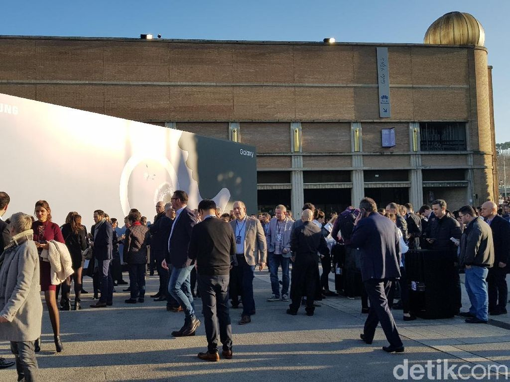 Bermain Sambil Menjajal Fitur Galaxy S9 dan S9+