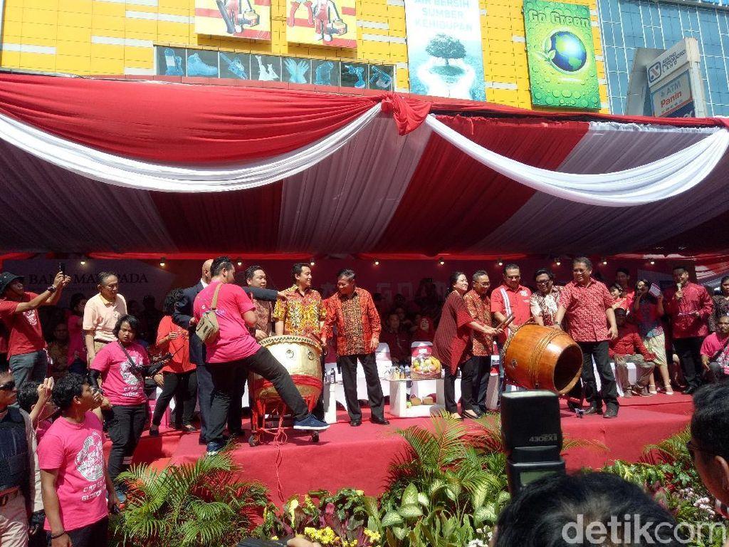 Hadiri Karnaval Cap Go Meh, Ketua MPR: Indonesia Bangsa Toleran