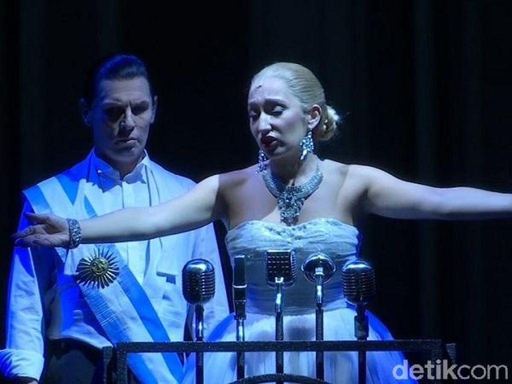 Panggung Musikal Evita Mulai Tur Asia di Singapura