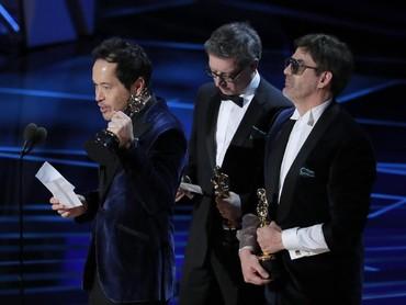 Piala Pertama untuk The Shape of Water di Oscar 2018