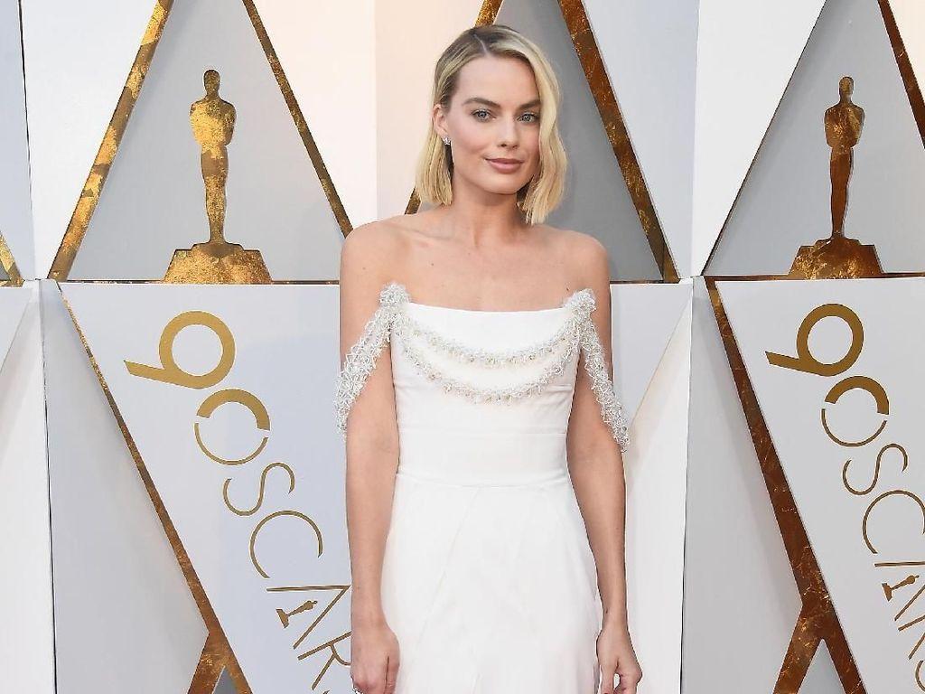 Cantik dan Seksinya Para Selebriti di Oscar 2018