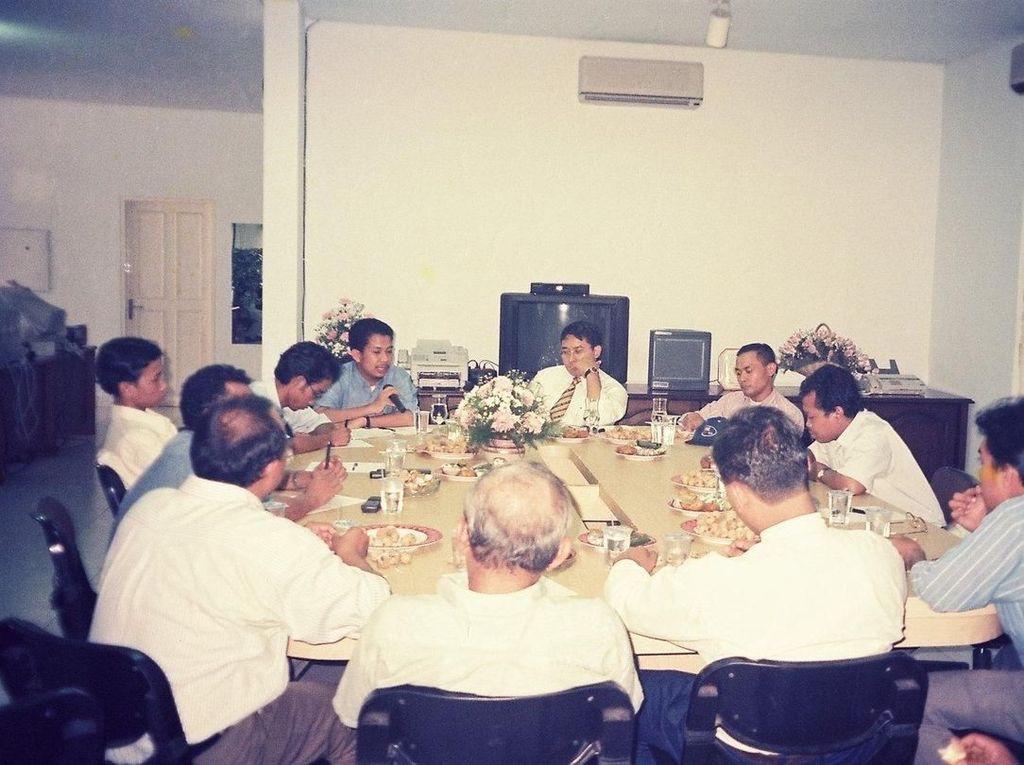 Nostalgia Kompaknya Fadli Zon-Fahri Sesaat Sebelum Orba Tumbang
