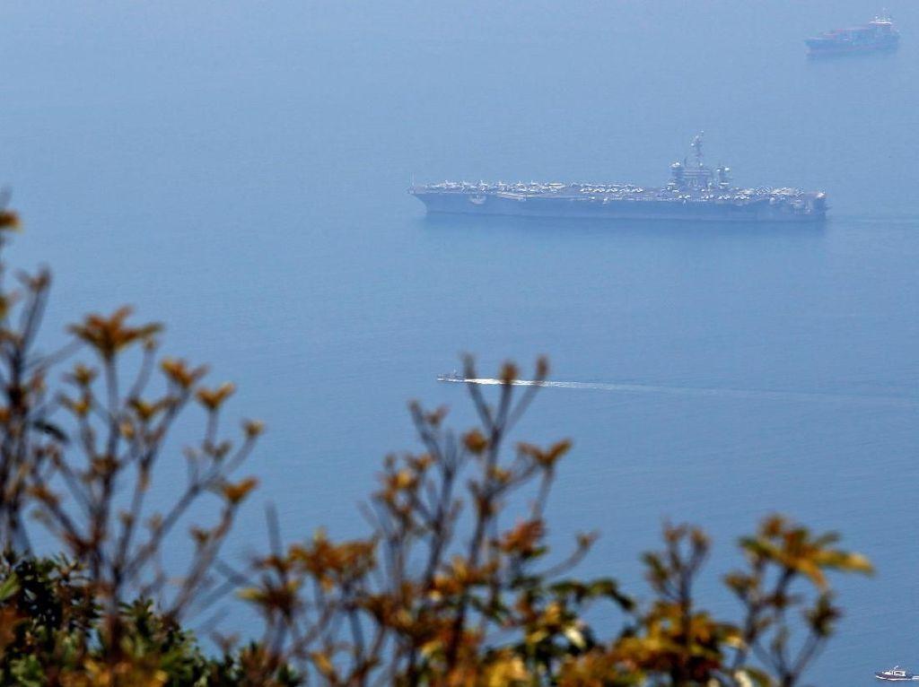 Momen Perang Vietnam hingga Kapal Induk AS Bersandar 40 tahun kemudian