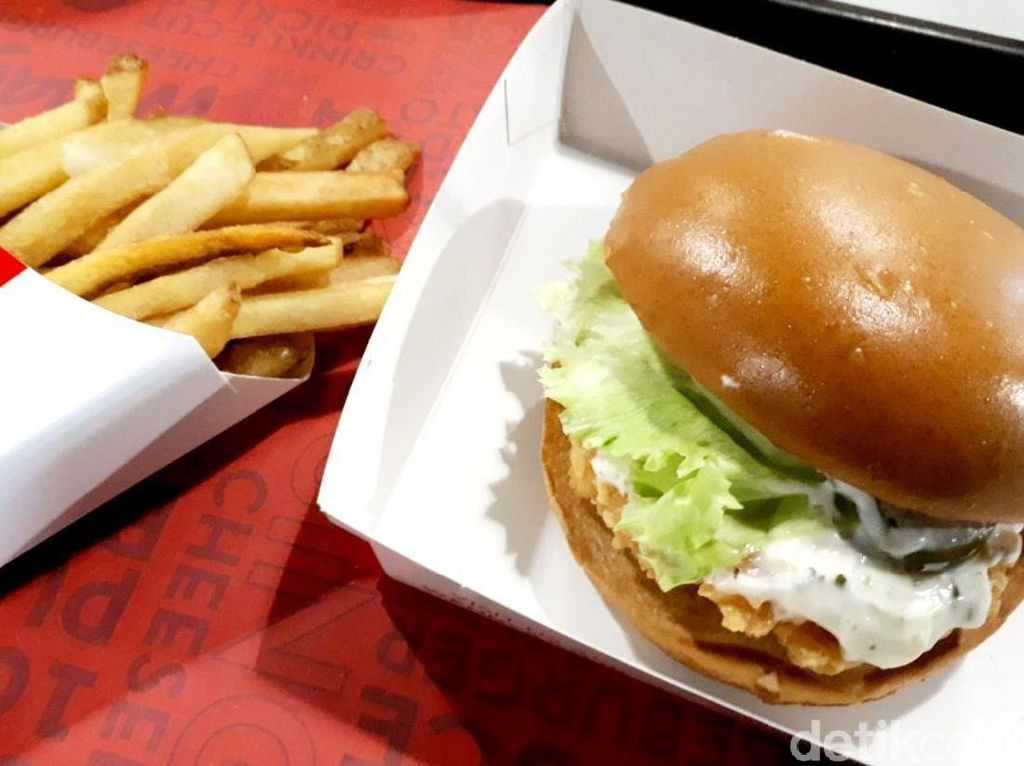 Mantap! Ada Udang Juicy dalam Setangkup Burger Wendys yang Nikmat