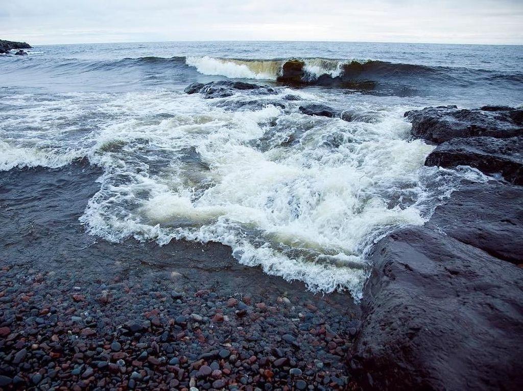 Foto: Danau yang Menantang Buat Surfing