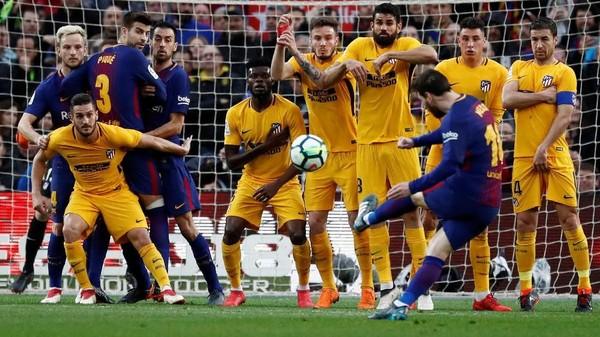 Tendangan Bebas Maut Messi