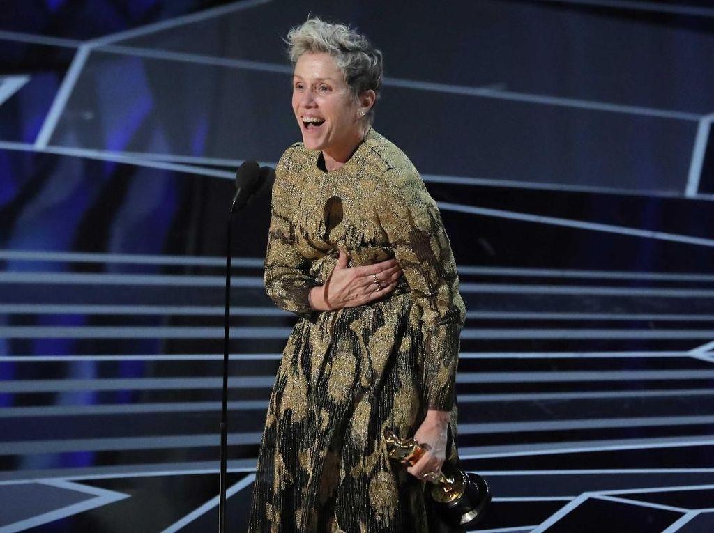 Frances McDormand Persembahkan Piala Oscar untuk Semua Aktris