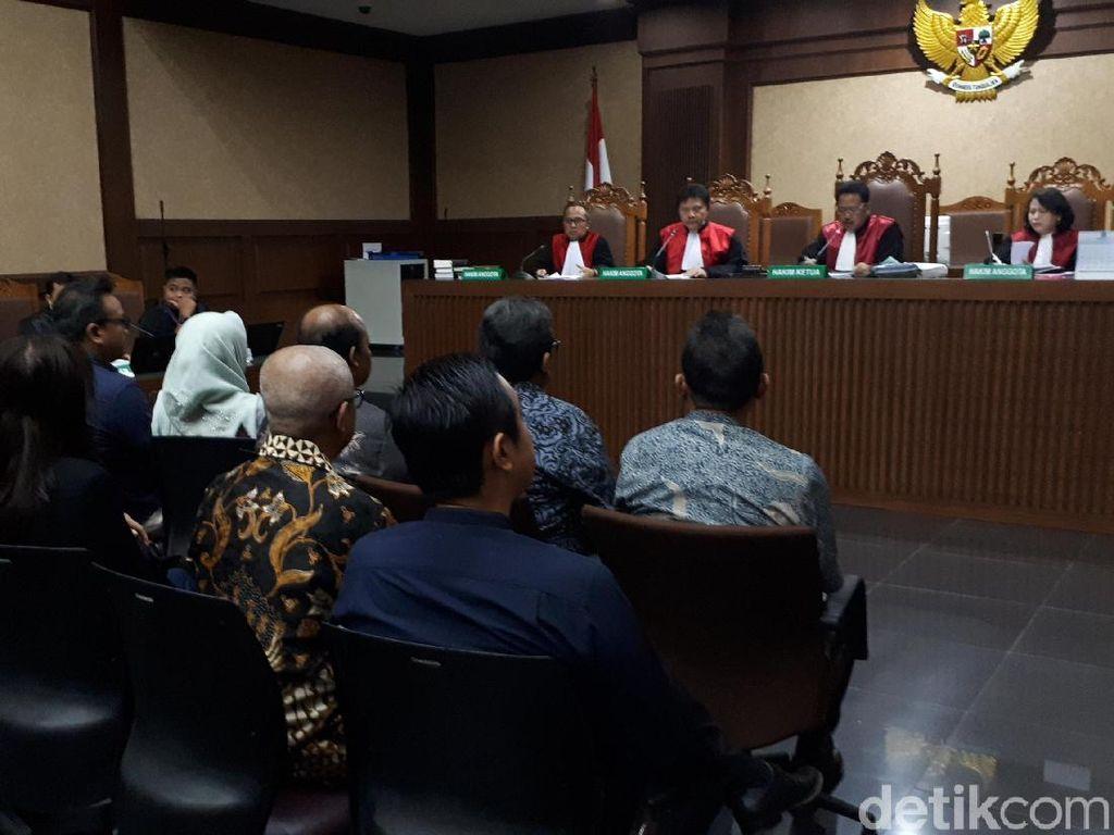 Hakim Minta Sidang Novanto Digelar Setiap Hari