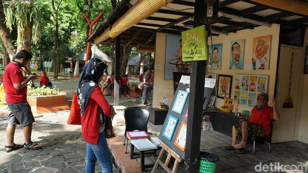 Foto: Lapak Seni Legendaris di Utara Jakarta