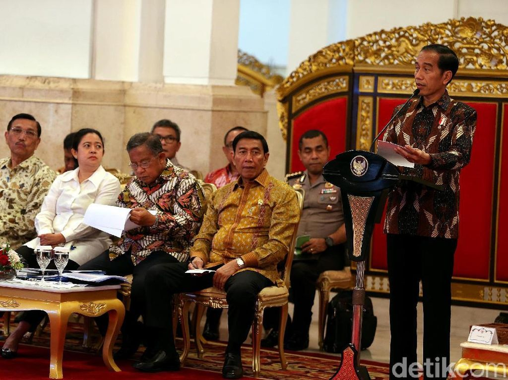 Koalisi Jokowi Makin Gemuk, Bisakah Kabinet Zaken Terbentuk?