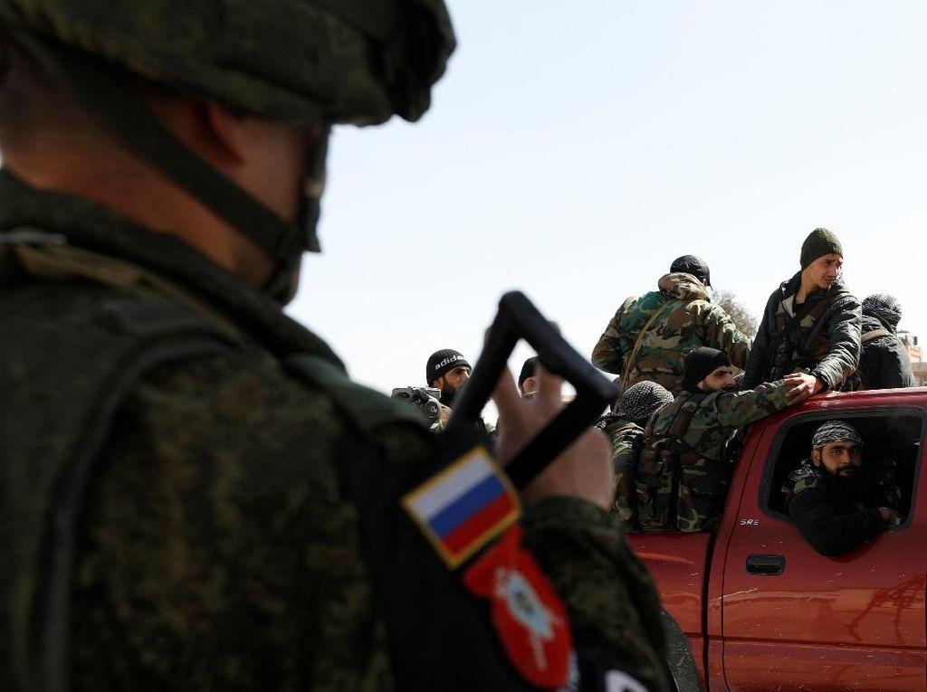 Rusia dan Sekutunya Latihan Militer Dekat Perbatasan Afghanistan