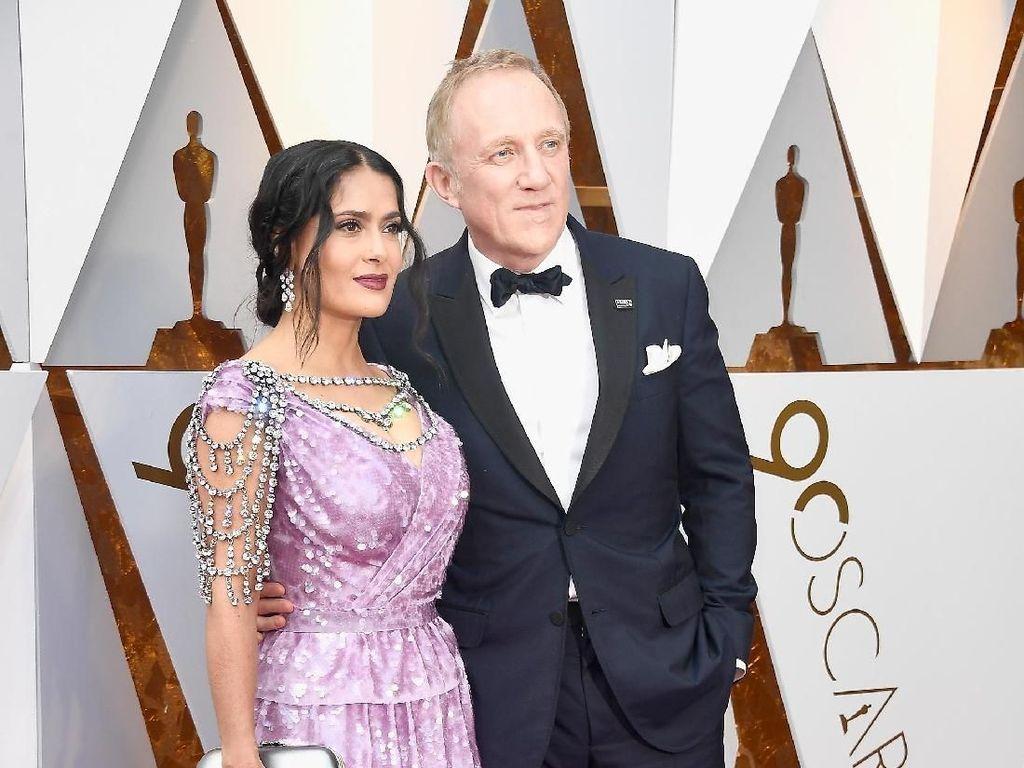 Smooch! Gaya Pasangan Selebriti di Red Carpet Oscar 2018