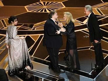 Total film tersebut meraih empat buah piala di Oscar tahun ini. Kevin Winter/Getty Images.
