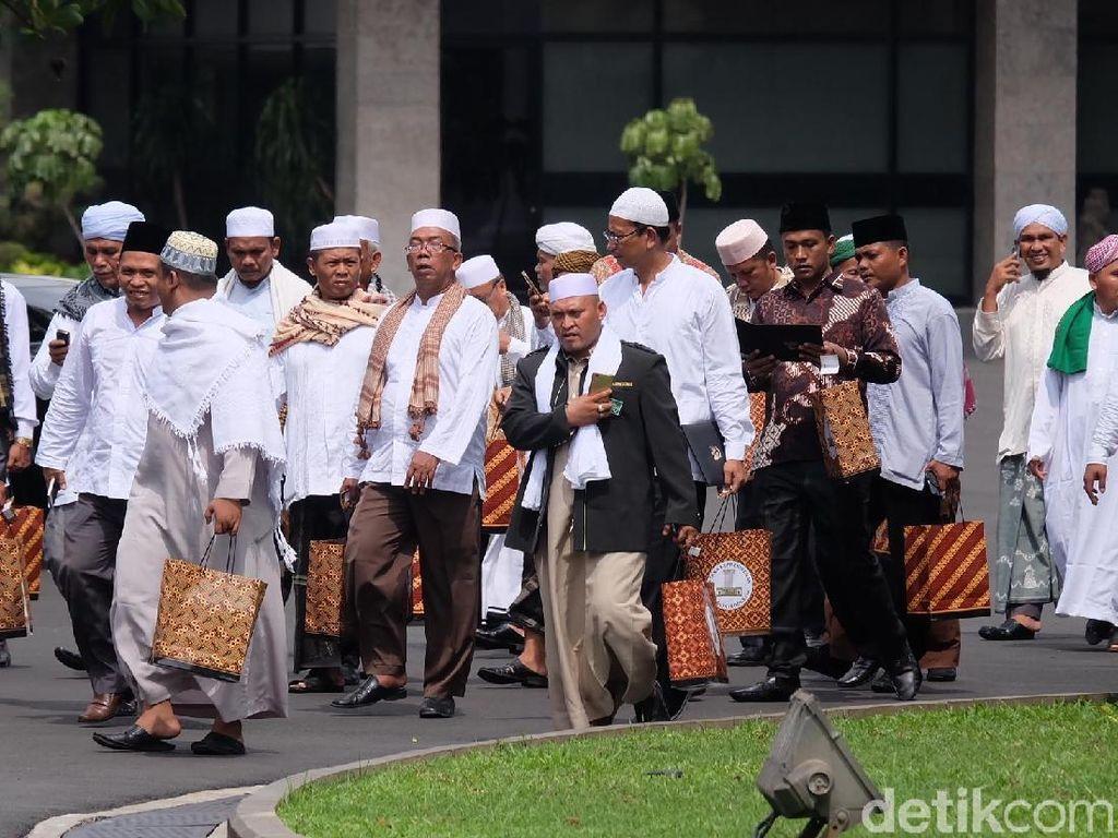 Ulama dari Sumut Temui Jokowi Bahas Penyerangan ke Pemuka Agama