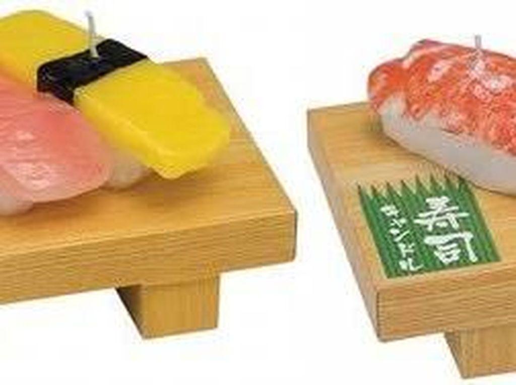 Sayang Tak Bisa Dimakan, Lilin Bentuk Sushi dan Mie Cup Ini Mirip Aslinya