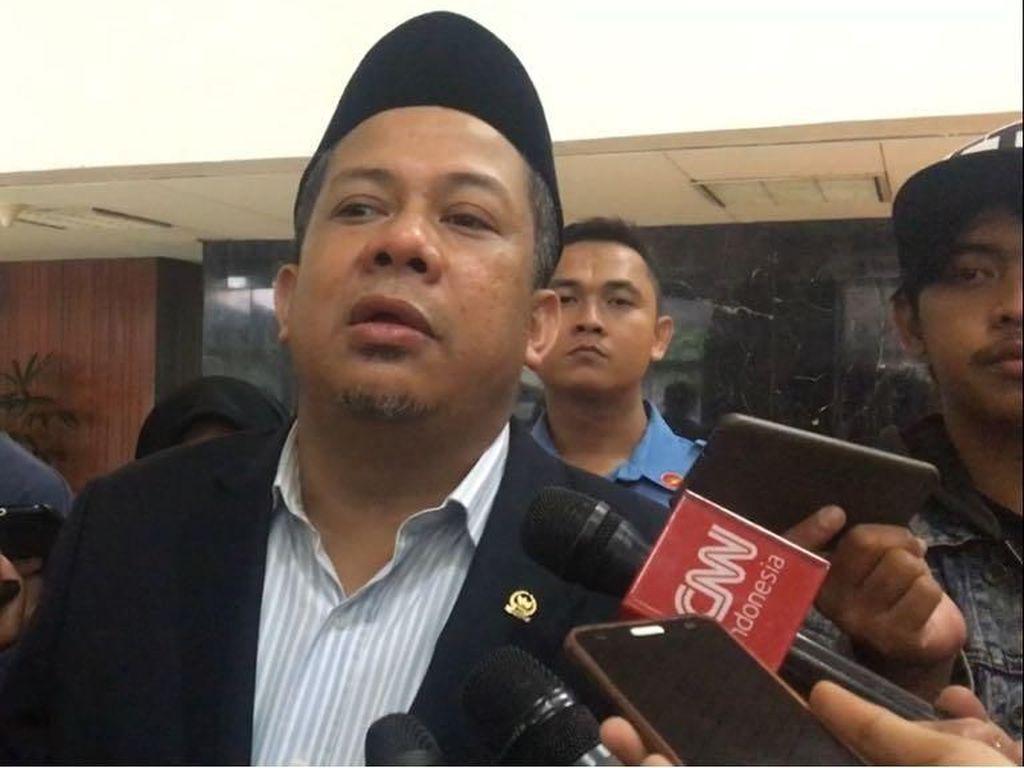Cerita LRT: Anggaran Dikritisi Prabowo, Tinggi Tiang Disorot Fahri
