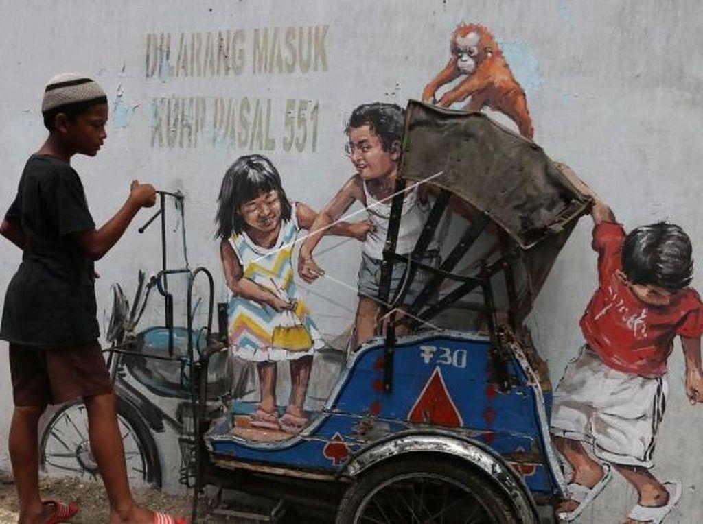 Before-After Becak di Mural Medan Karya Pelukis Dunia yang Kini Hilang