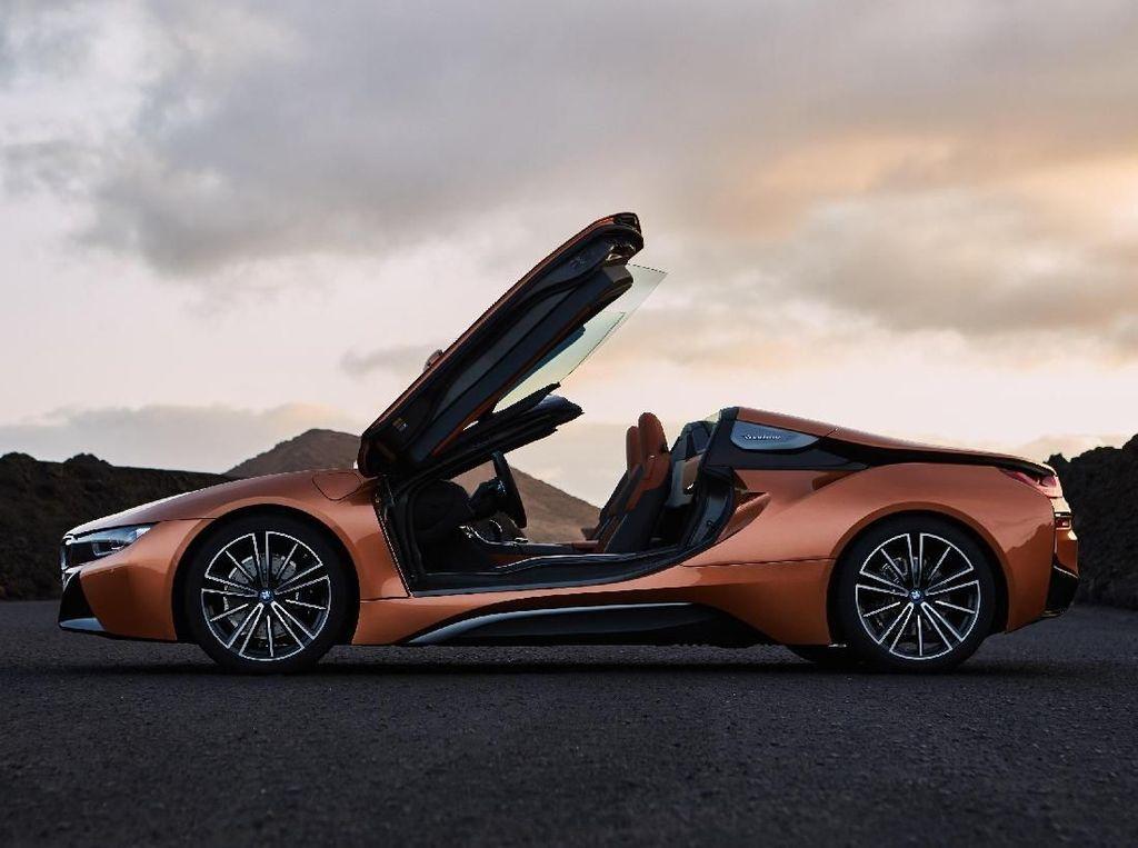 BMW Janjikan Mobil Listrik Beratap Terbuka ke Indonesia