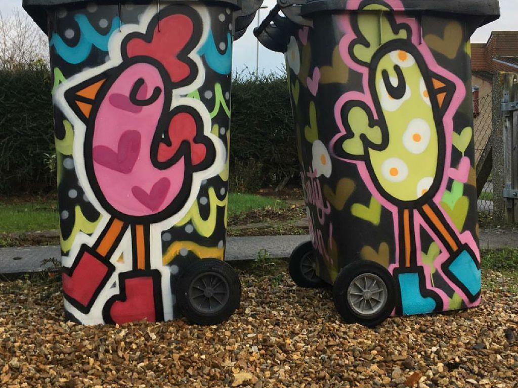 Grafiti Hasil Karya Ibu dan Anak Ini Keren Banget!