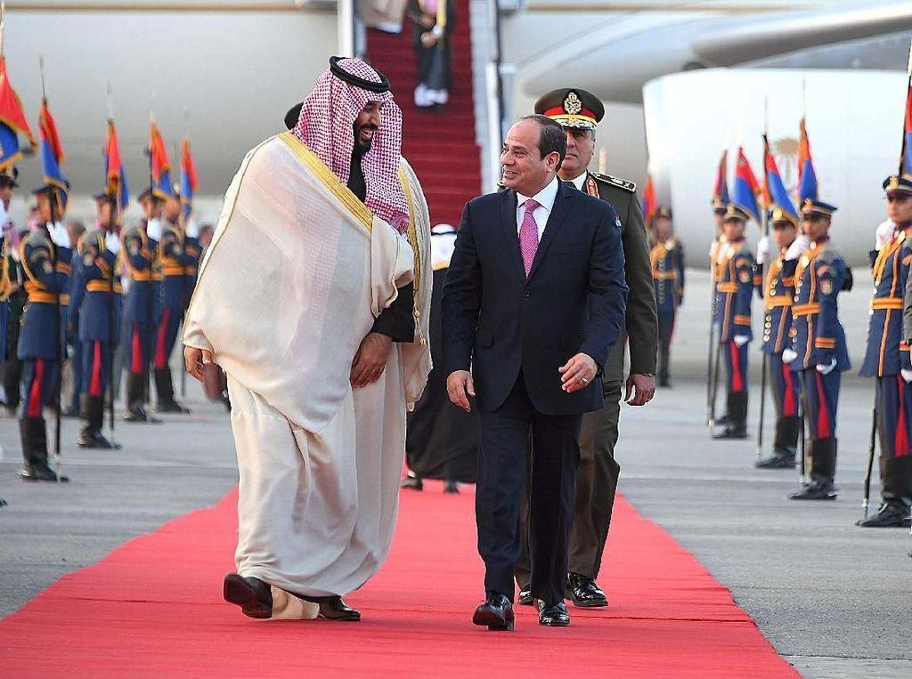 Foto: Ini yang Dilakukan Putra Mahkota Arab Saudi Saat Kunjungi Mesir