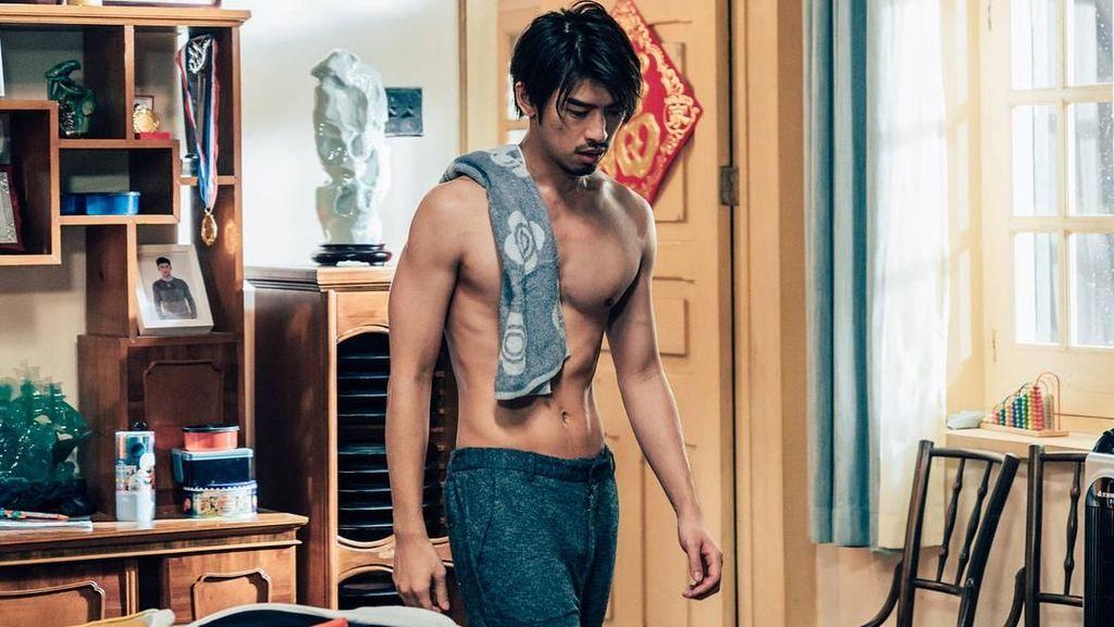 Rahasia Bugar Chen Bolin, Si Aktor Ganteng Taiwan