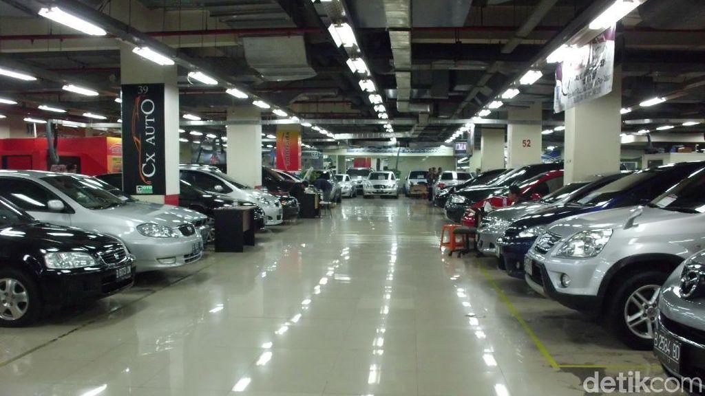 2 Mobil Ini Bikin Rusuh Pasar Mobil Bekas