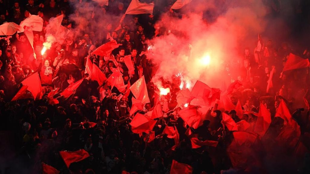 Parc des Princes Membara saat PSG Ditaklukkan Madrid