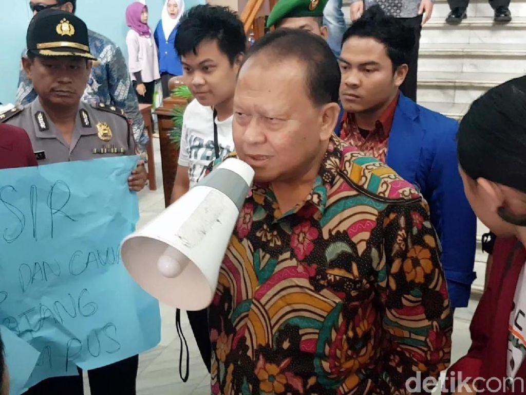 Penjelasan Rektor UMMI Soal Kedatangan Syaikhu Diprotes Mahasiswa