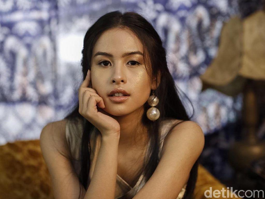 The Voice of Generation Maudy Ayunda Celeb of The Month Bulan Ini