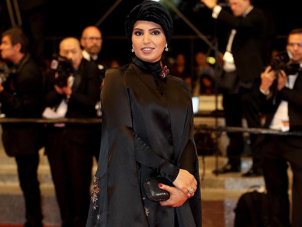Foto: Wanita Cantik Ini Jadi Satu-satunya Hijabers di Red Carpet Oscars 2018