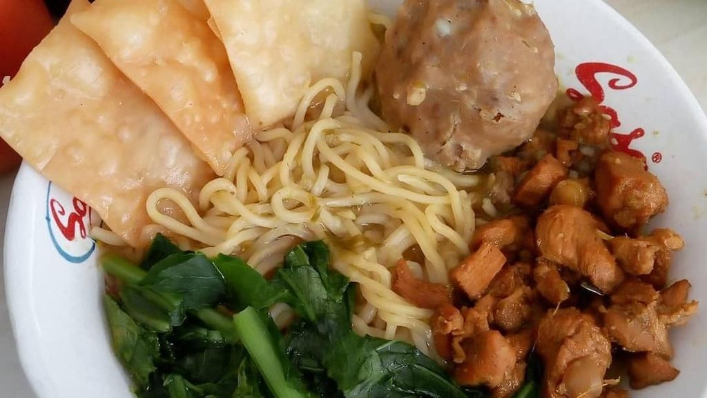Enaknya Siang Ini Menikmati 10 Racikan Mie Ayam Kampung Kesukaan Netizen