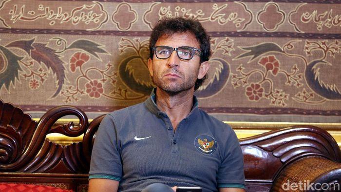 Luis Milla saat masih menjadi pelatih Timnas Indonesia U-23. (Foto: Rengga Sancaya/detikcom)