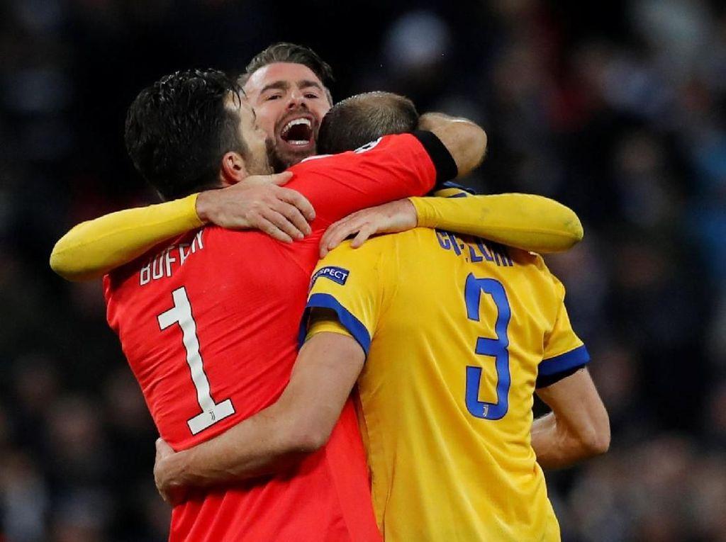 Buffon dan Chiellini, Luar Biasa!
