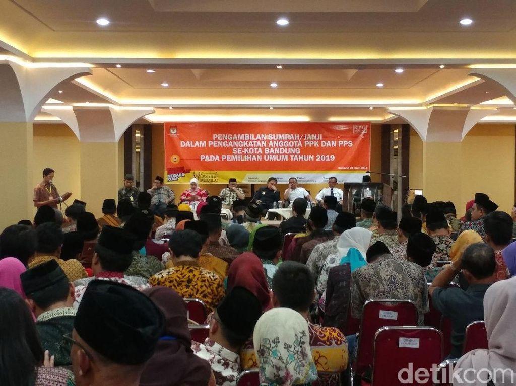 Pjs Wali Kota Bandung: PPK dan PPS Garda Terdepan Demokrasi