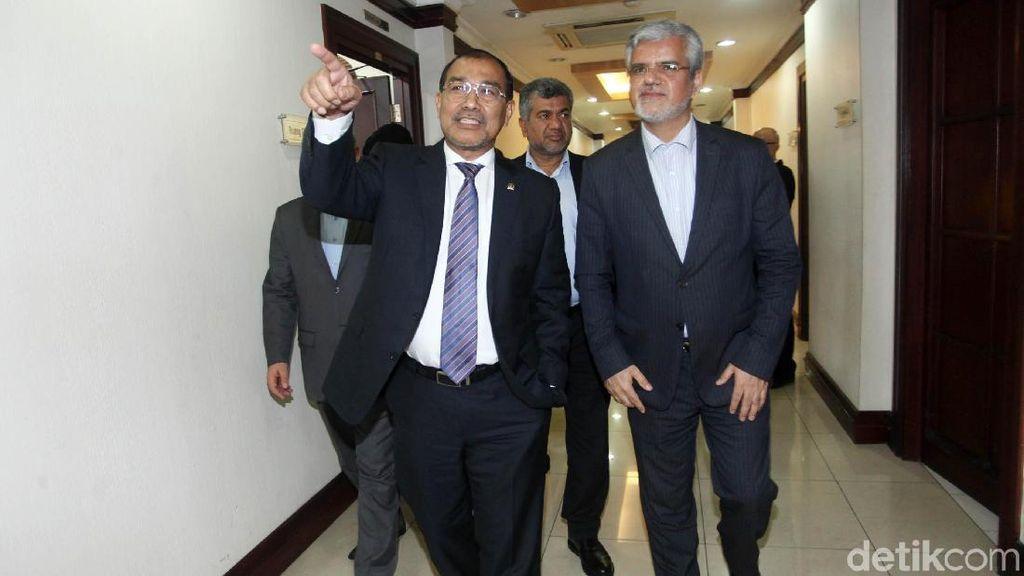 Wakil Ketua DPD Terima Ketua Parlemen Komisi Persahabatan Iran