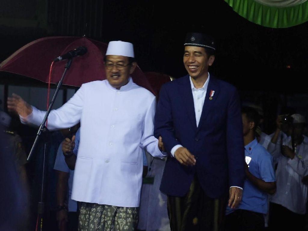 Jokowi Ungkap Alasan Kerap Safari ke Pondok Pesantren